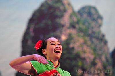 Uz-China2003